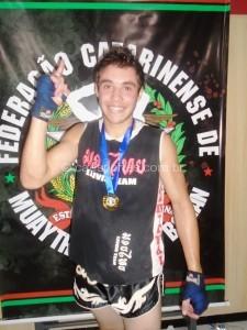 Carlos Mistura-campeão na categoria 63,5 JUNIOR
