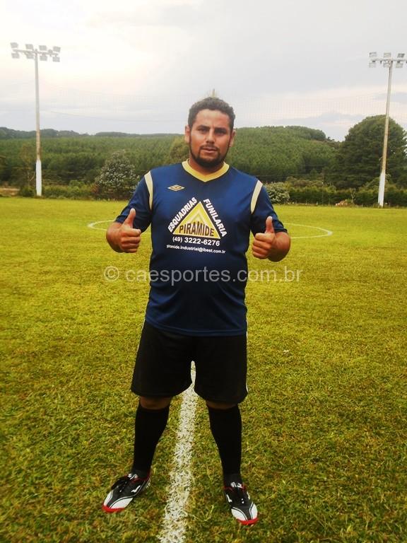 Robson do Indusflora fez dos gols na partida conta o Pinheiros