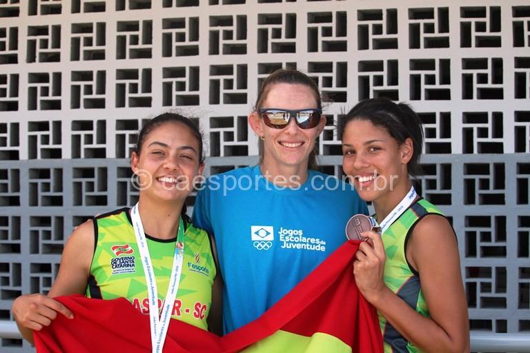 Ludmila-Cardoso-esquerda-e-Tayra-de-Lima-direita-100m-Foto-Lucas-Inácio-
