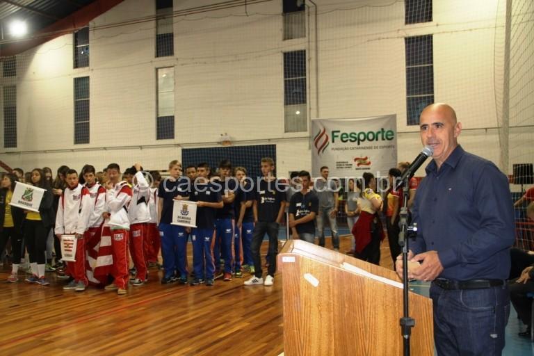 Presidente da Fesporte, Milton Cunha, durante a abertura (Foto: Antonio Prado/Fesporte)