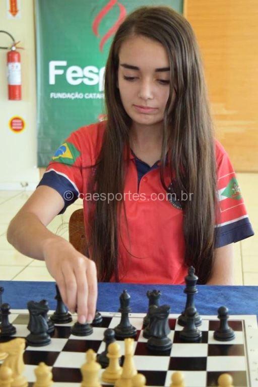 Ana Júlia Librelato chegou para ficar entre as melhores    Foto: Heron Queiroz