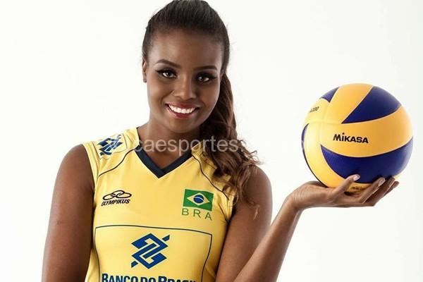 Lages terá mais grande jogo de vôlei nacional - Fabiana Claudino
