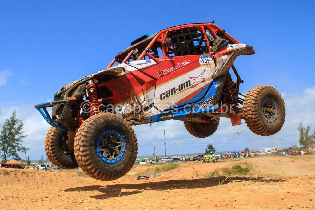 Bruno Varela venceu a terceira etapa do Brasileiro de Rally Baja (Foto: Haroldo Nogueira/DFotos)