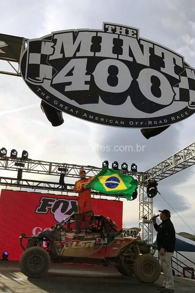 Gabriel Varela venceu a dura prova The Mint 400 (Foto: Divulgação
