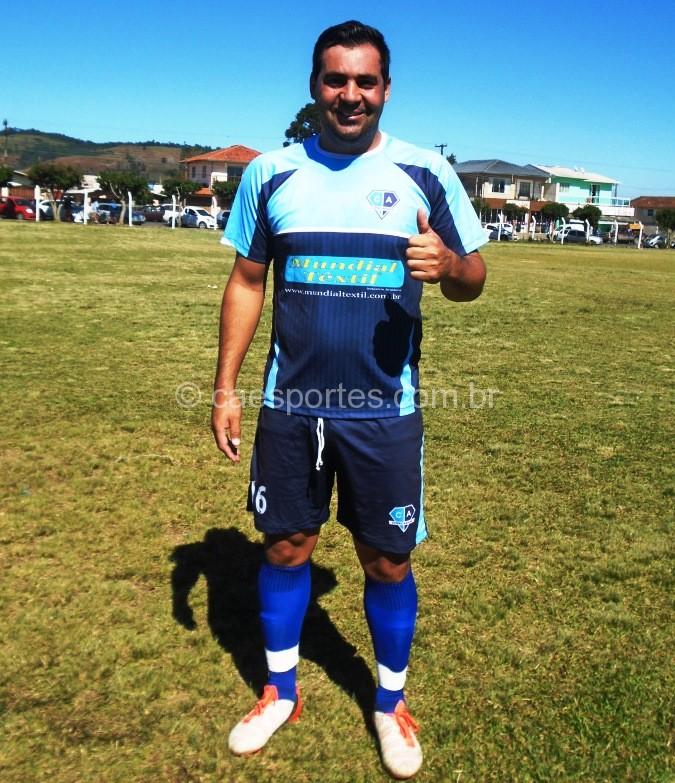 Rodrigo um dos autores dos gols da equipe na vitoria desta domingo